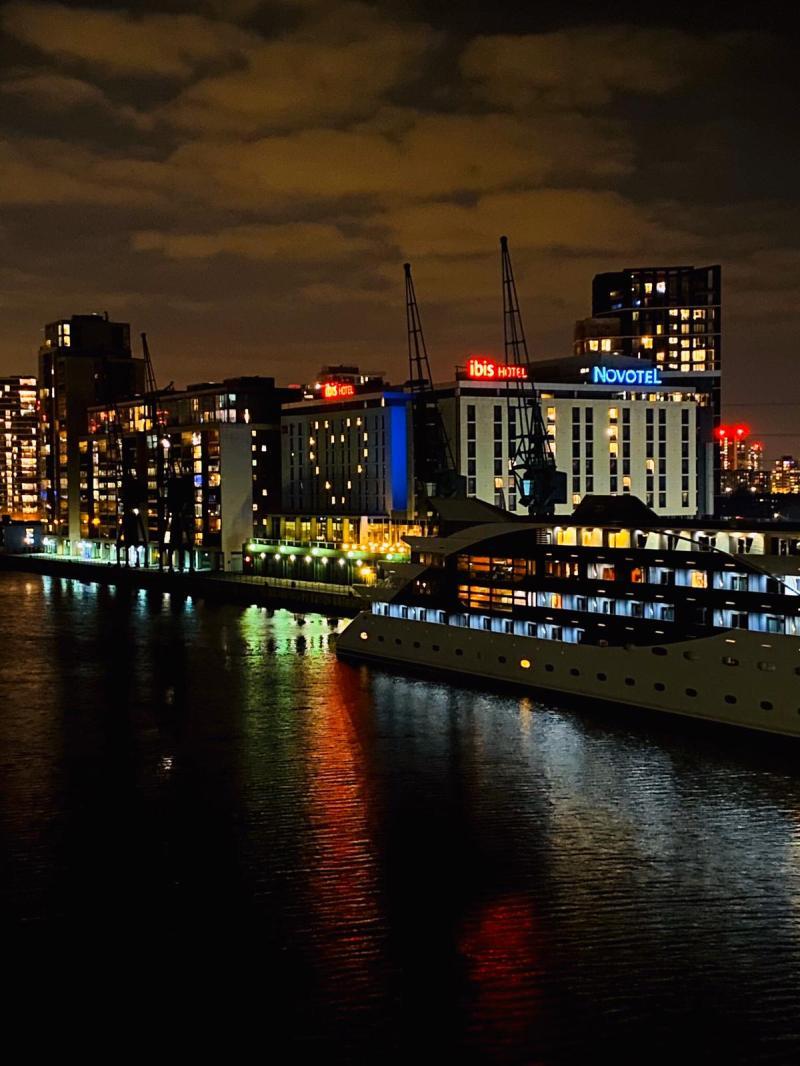 ibis  Novotel London Excel Docklands-jpg