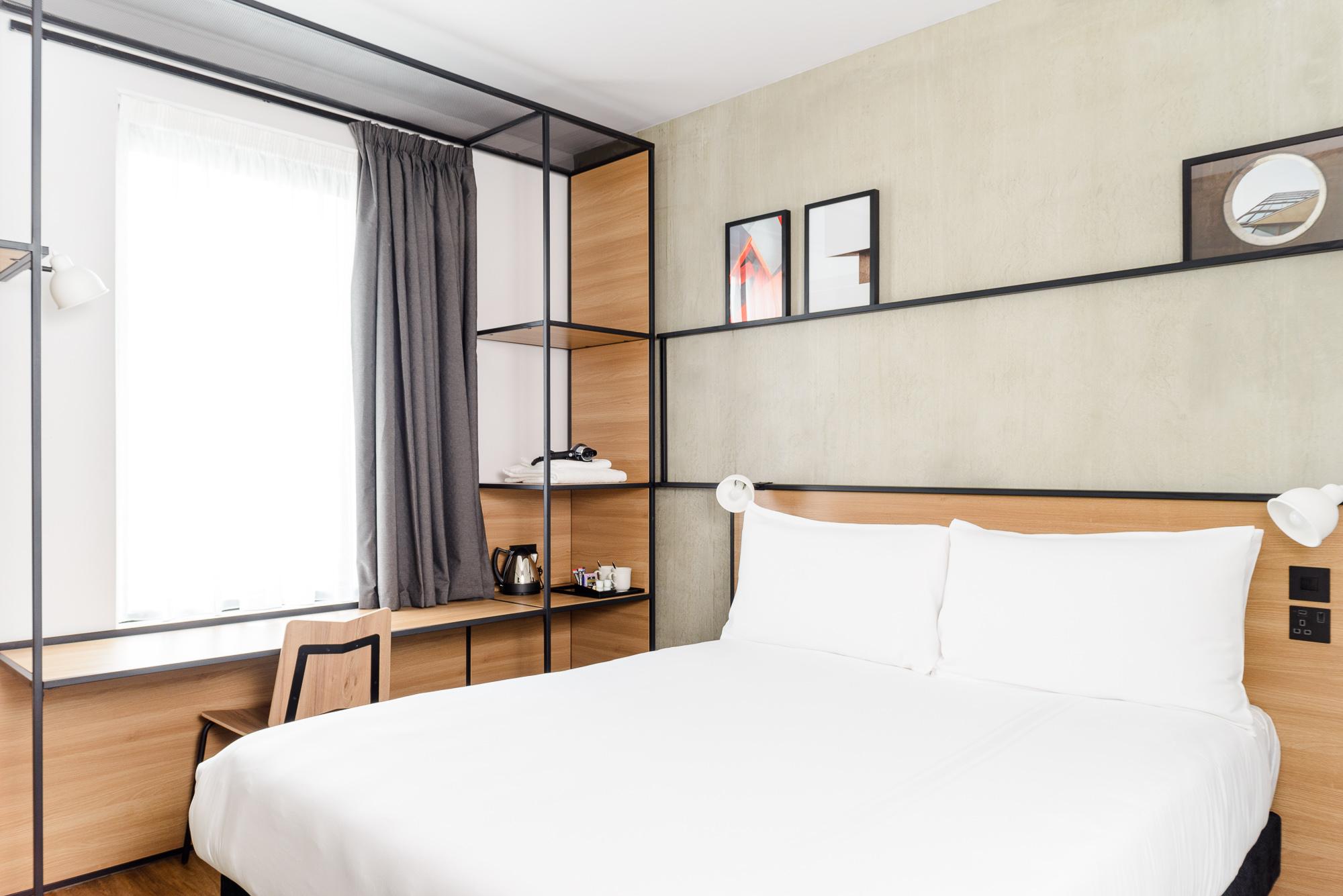 ibis Bridgwater Plaza bedroom – final image-jpeg