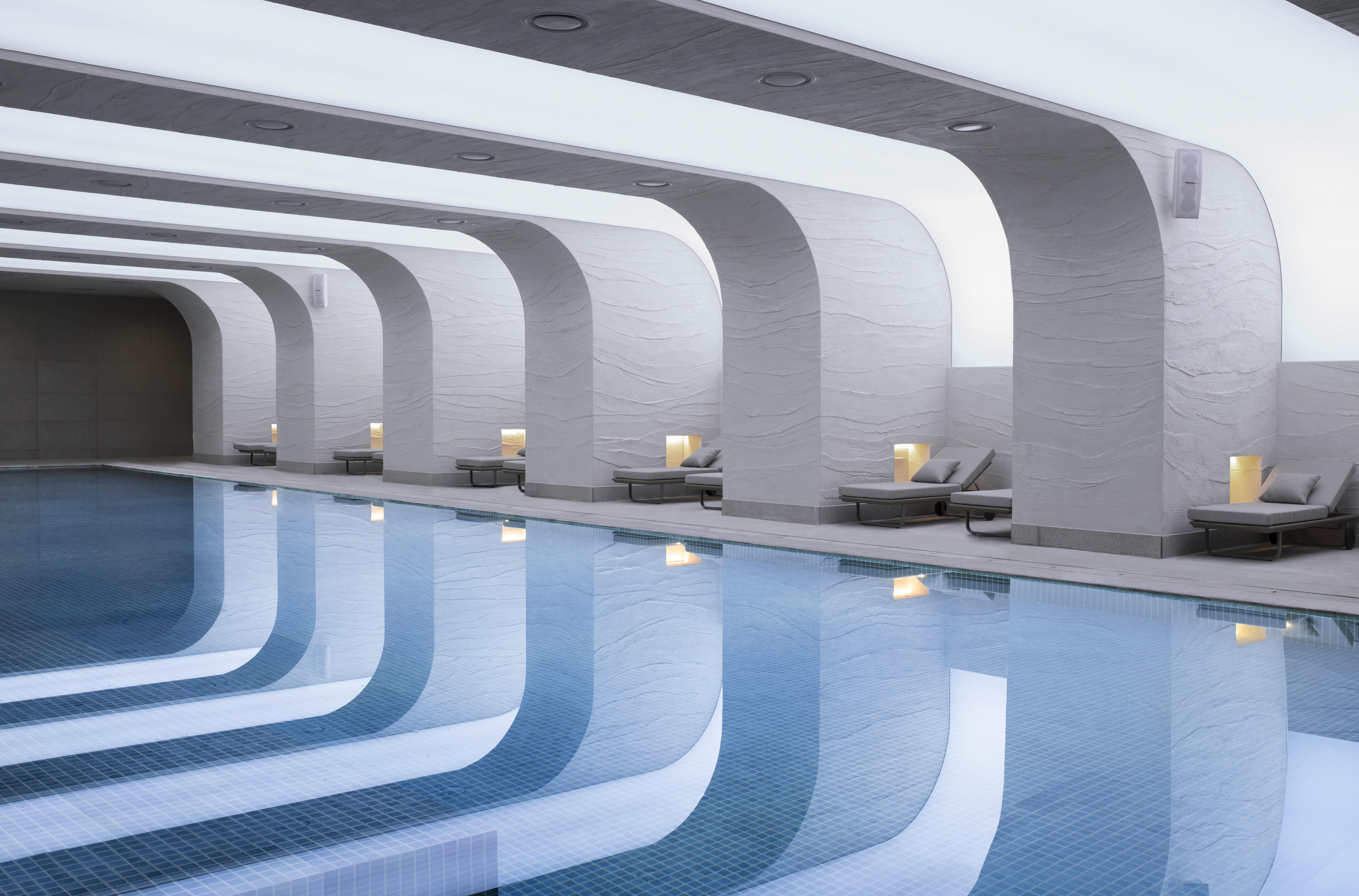 Mondrian Seoul ItaewonIndoor swimming pool-jpg