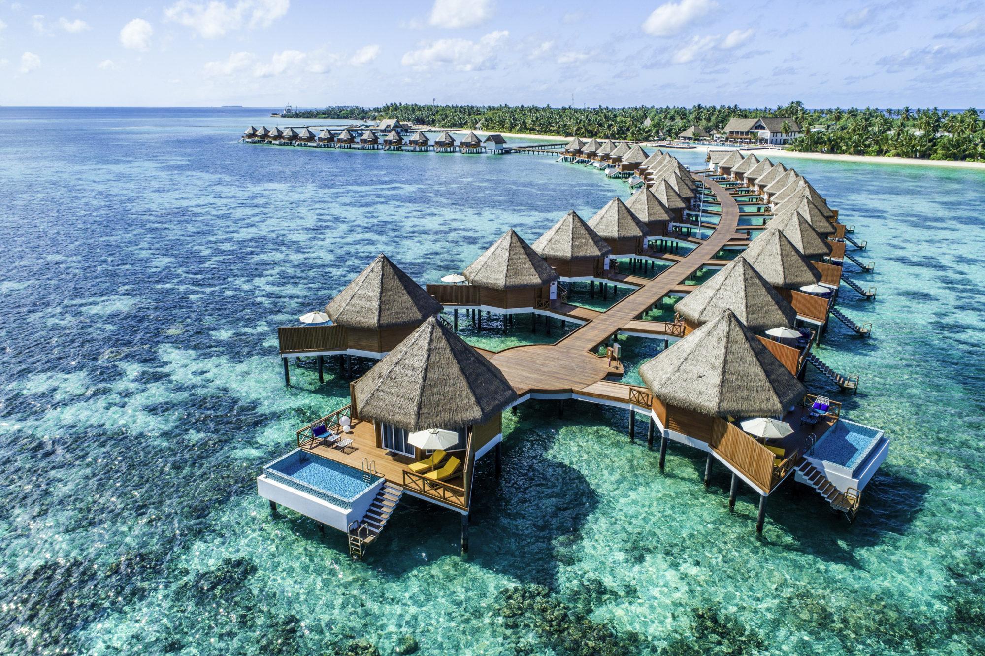 Mercure Maldives Kooddoo Resort 14-jpg