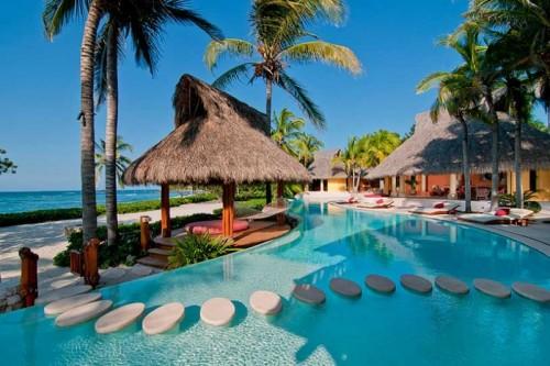 TravelKeys_Four Seasons Resort_Puntamita-palmasola.jpg