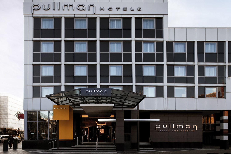 Pullman London St Pancras presents