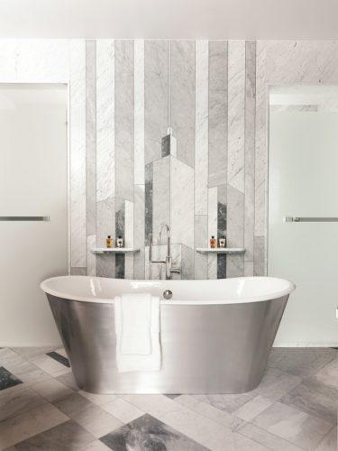 Raffles Europejski Warsaw_Suite Bathroom_©H.E.S.A..jpg