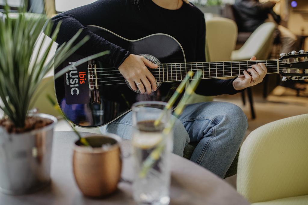 Les artistes ibis music se réunissent pour un évènement musical exceptionnel, marqué par la convivialité